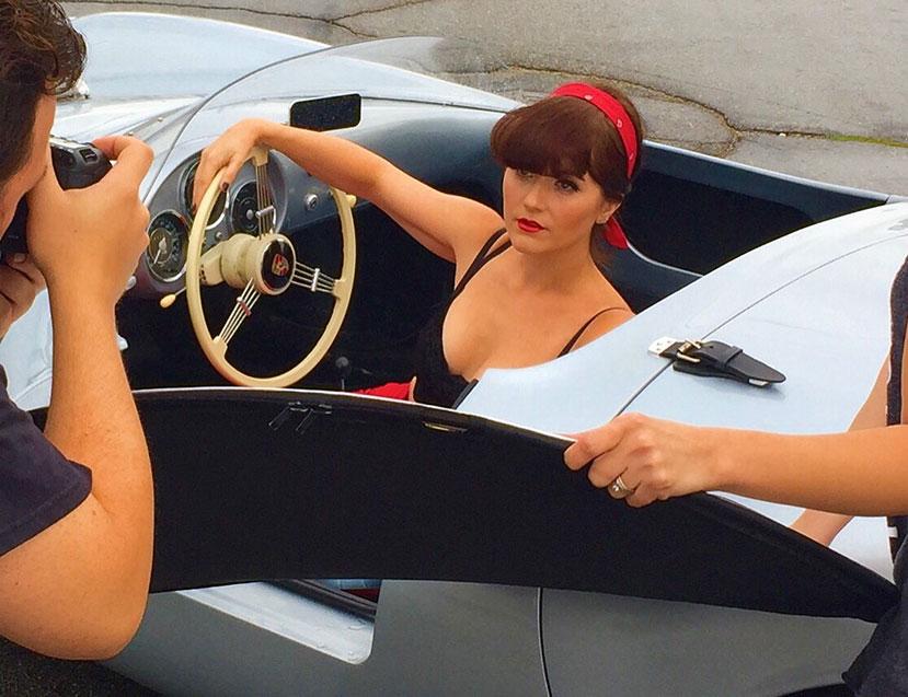 1955-Porsche-550-Spyder-Replica-Pin-Up-Photo