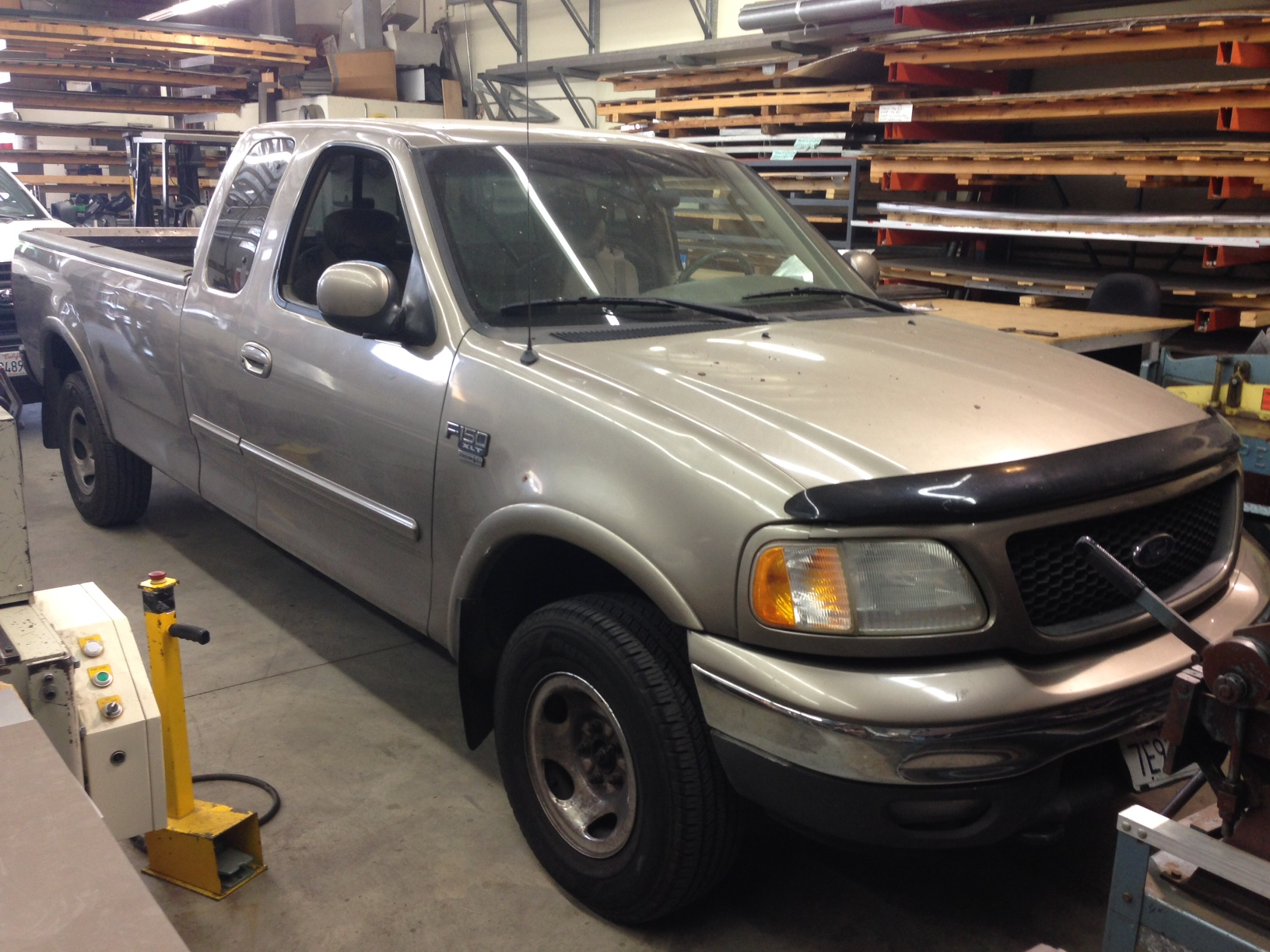 sell-2003-Ford-F-150-Castaic-Junction
