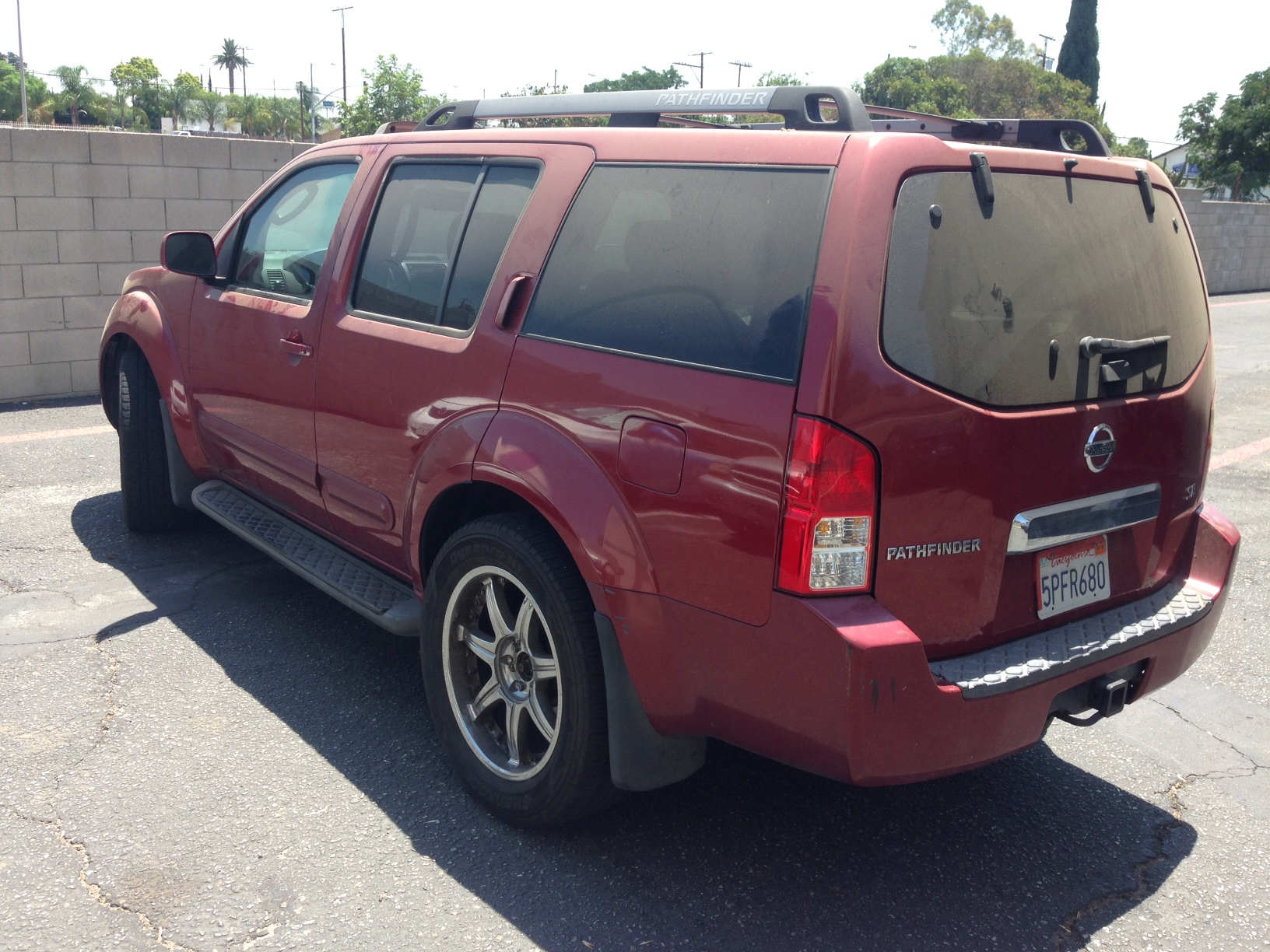sell-2005-Nissan-Pathfinder-Castaic-Junction